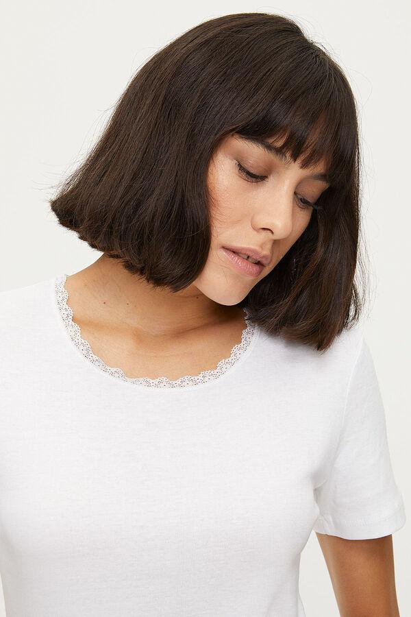 1032 %100 Cotton Lacy Ladies Flannel