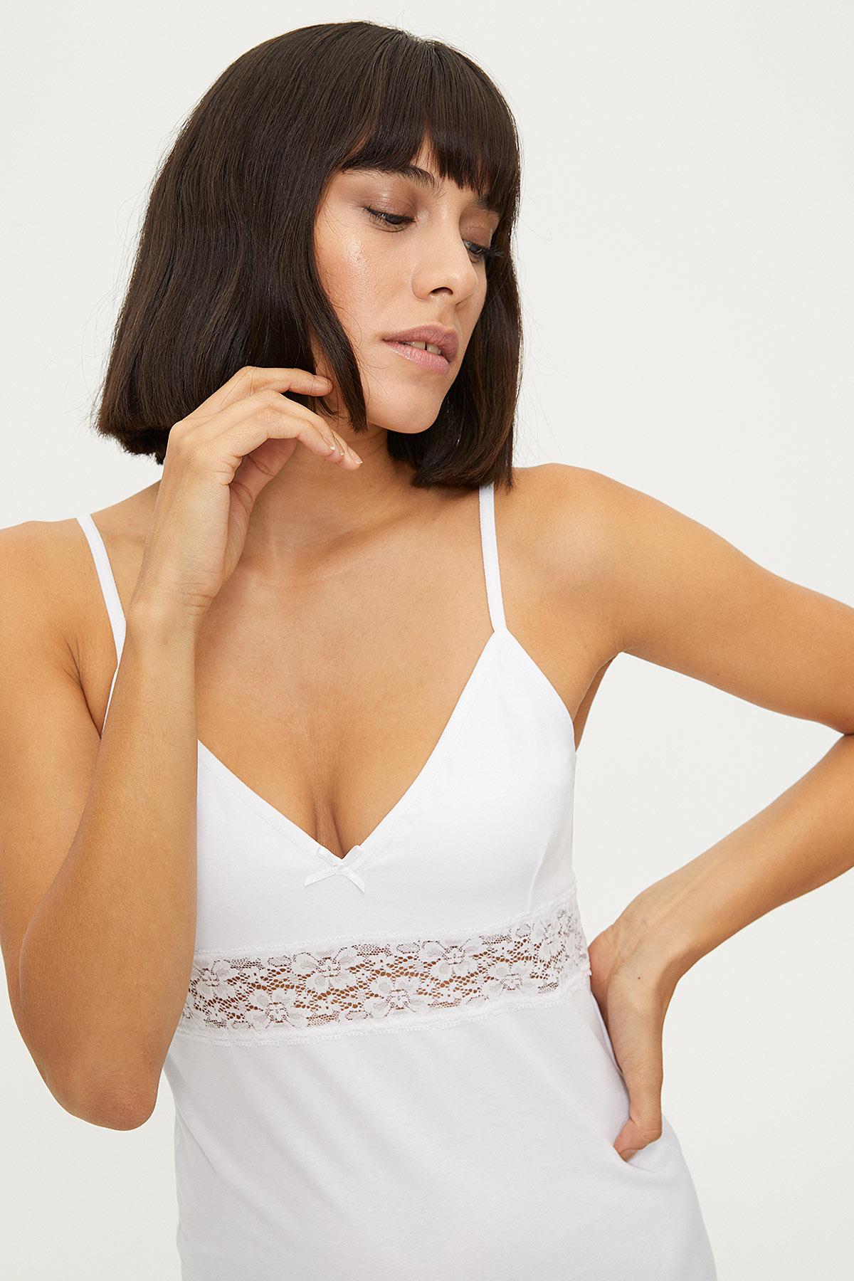 1287 Lycra Strappy Lacy Ladies Undershirt