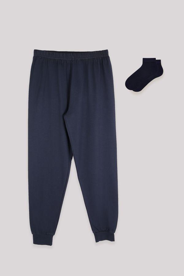 Herren Navy Blue Jogger und Booties Socken kombinieren