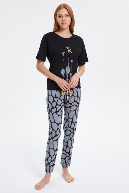 Bross - Giraffe Patterned Half-Sleeved Women's Pyjama Set