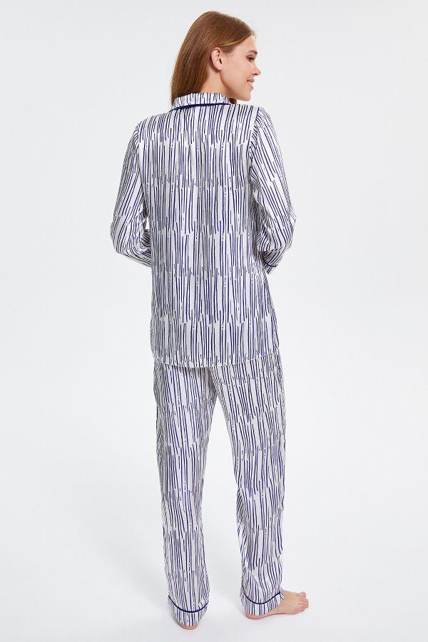 Karışık Çizgili Desenli Düğmeli Uzun Kollu Kadın Pijama Takımı