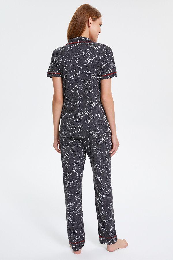 Space Desenli Kısa Kollu Düğmeli Kadın Pijama Takımı