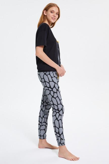 Zürafa Desenli Yarım Kollu Kadın Pijama Takımı - Thumbnail